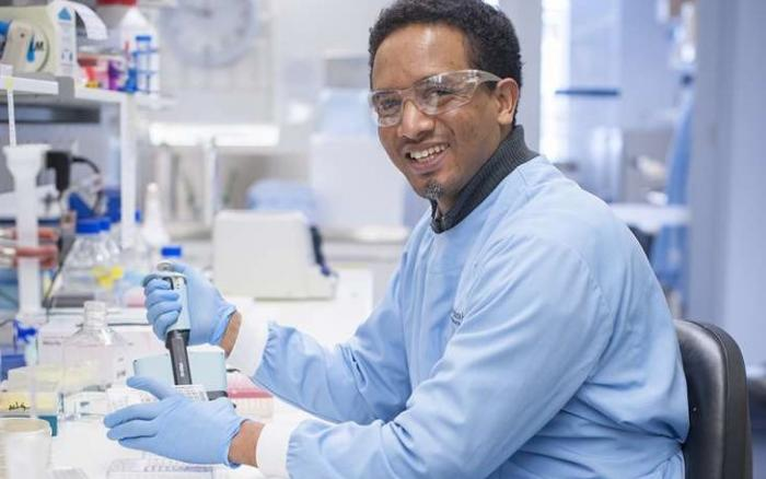 Sofonias Tessema in the lab.